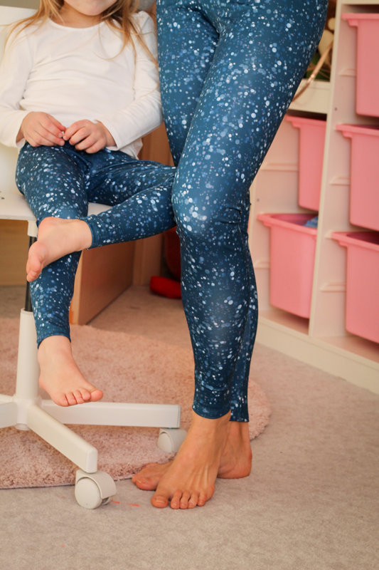 Bright  leggings with dots for mother and daughter