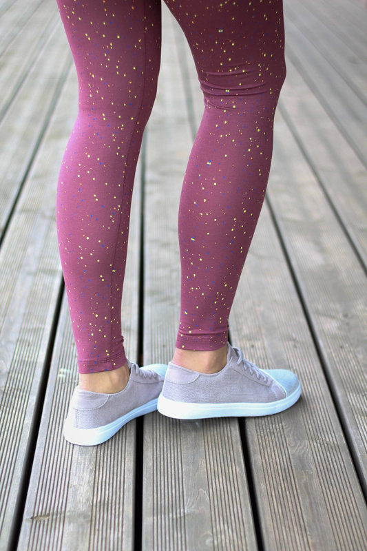 Summer leggings with small dots